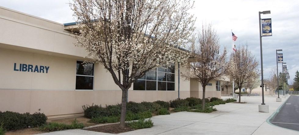 Clovis elementary exterior